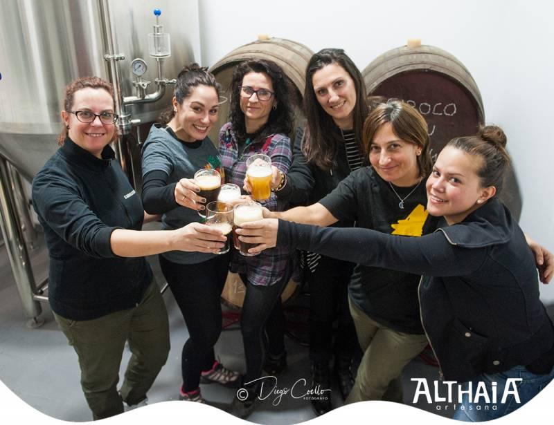Mujeres cerveceras en Althaia