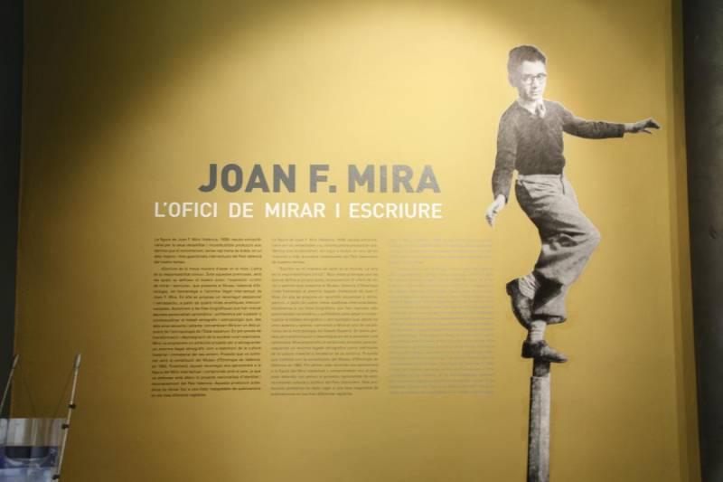 Exposición sobre Joan F. Mira