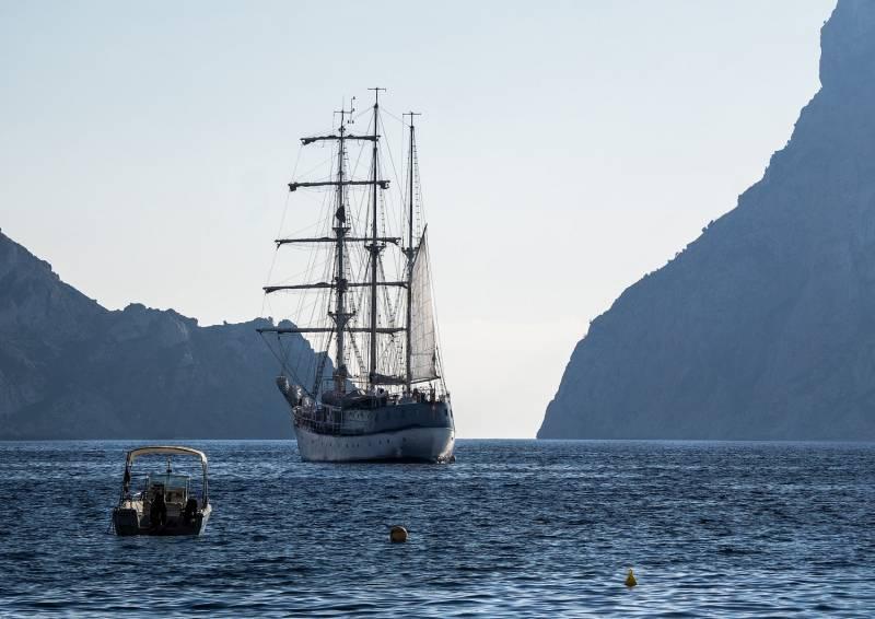 El barco Cervantes. EPDA