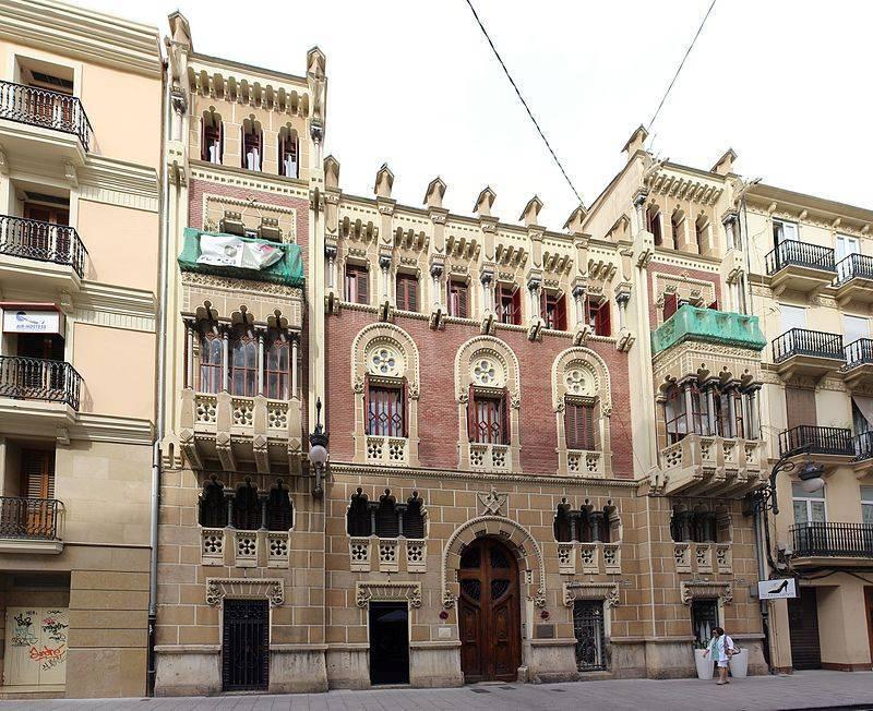 La casa de las cruces, uno de los edificios más bonitos de Valencia