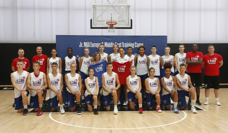 Visita Alqueria Basket Júnior NBA