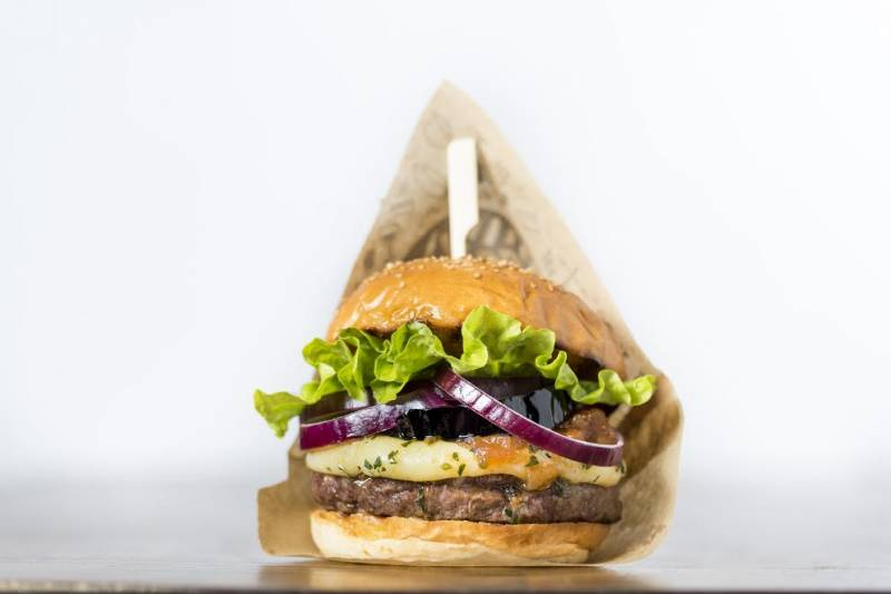 Una de las hamburguesas de Goiko Grill. //EPDA