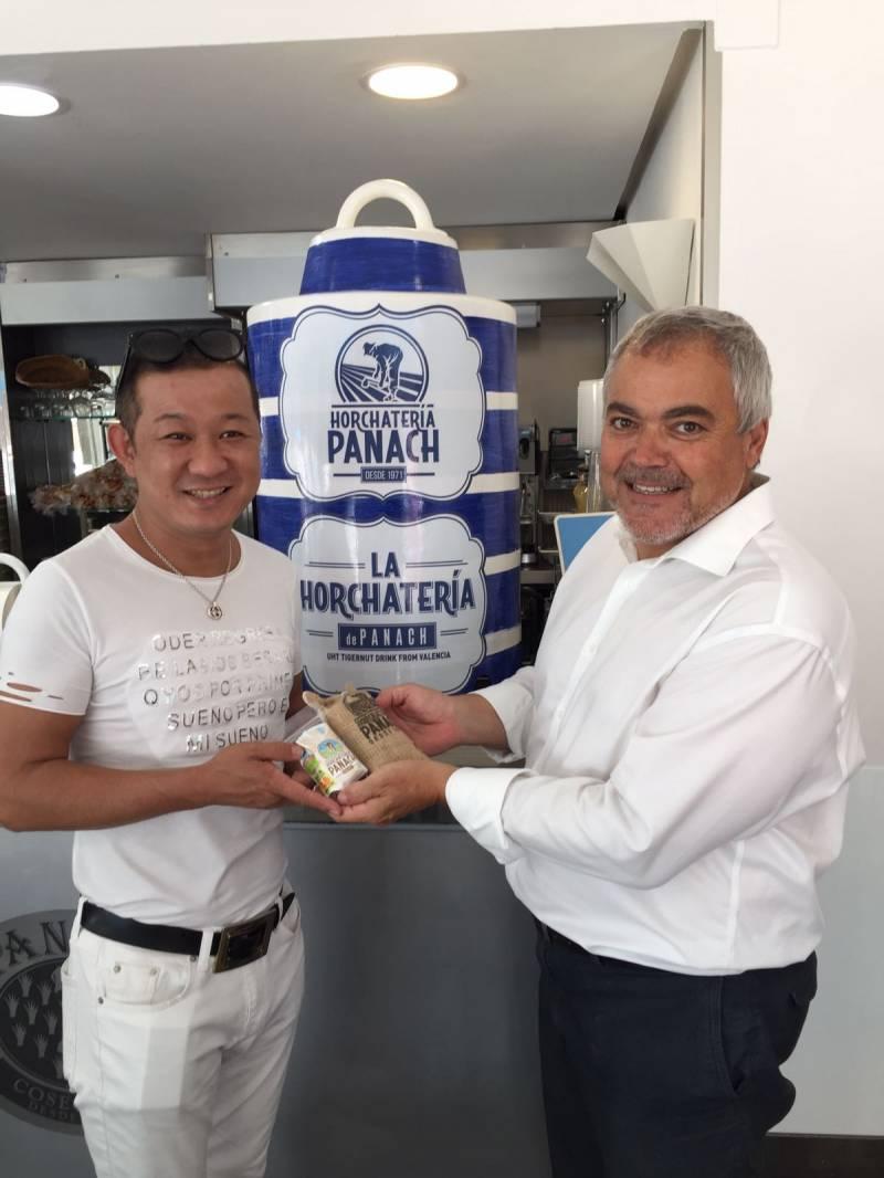Chez Shibata y Ramón Panach