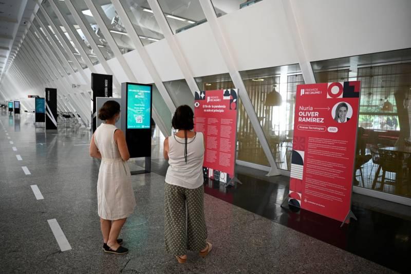 La exposición dedicada a los Premios Jaume I 2021 en València. EPDA