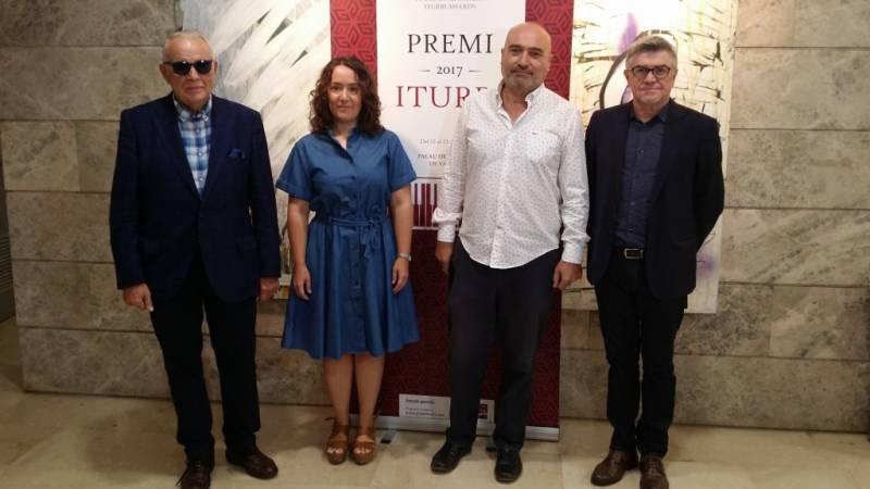 Joaquín Soriano, Glòria Tello i Xavier Rius en la presentació del Premi Iturbi