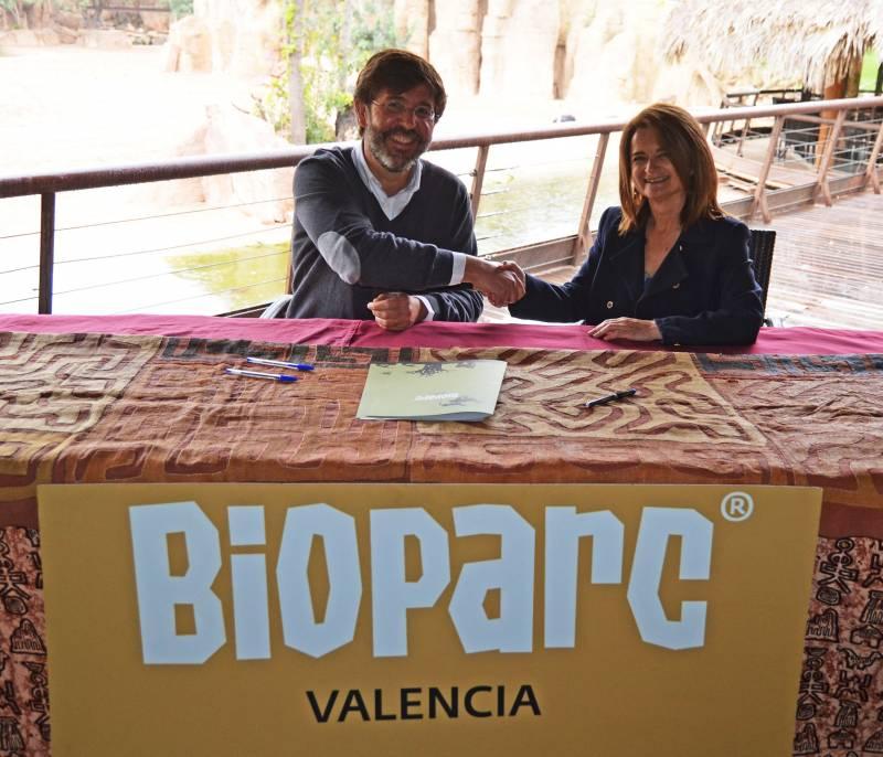 Firma convenio ICOVV - BIOPARC Valencia