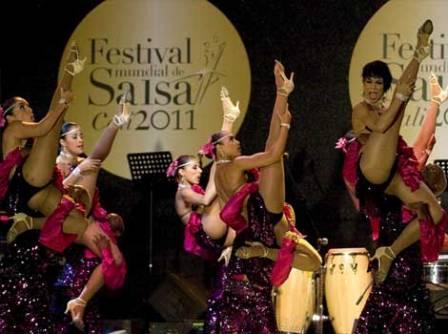Grupo Fundación Escuela de Baile Swing Latino. FOTO: EPDA