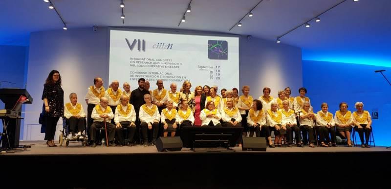 El coro Les Veus de la Memòria y el grupo valenciano Spyplane ofrecen el concierto Tribut al Talent en la Plaza del Ayuntamiento de Valencia