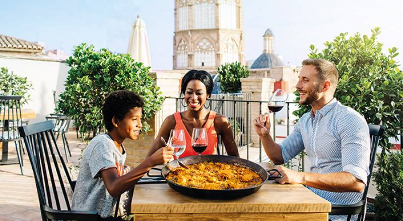 Valencia, the best city in Spain to enjoy the Spanish gastronomy. VALENCIA.ES