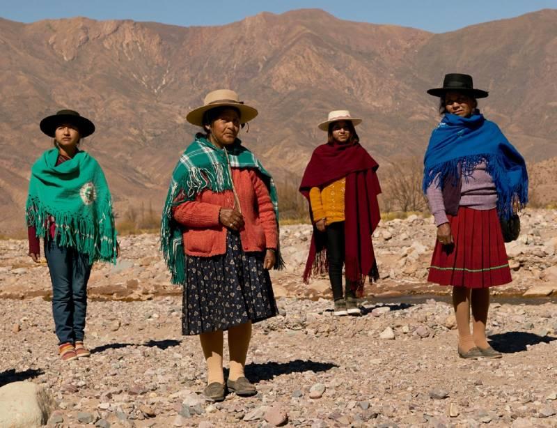 Fundación Cañada Blanch visibiliza el papel de la mujer rural en una exposición fotográfica junto a Vogue Brasil e IICA