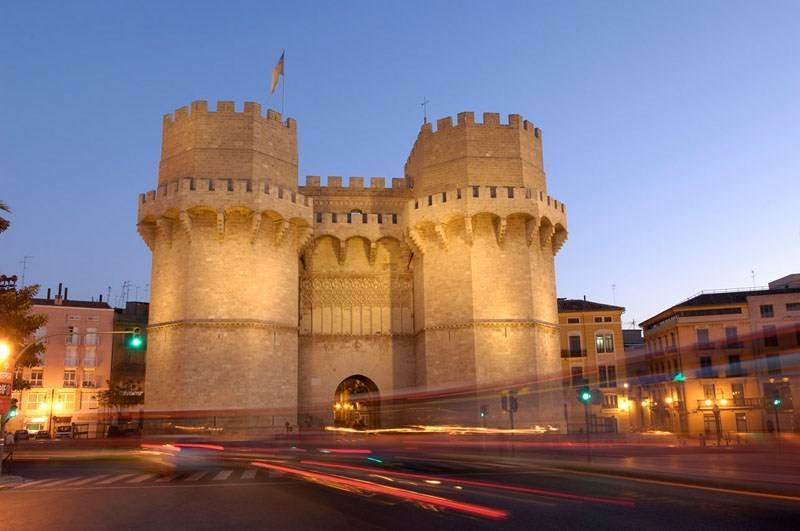 10 curiosidades sobre las Torres de Serrano que desconocías