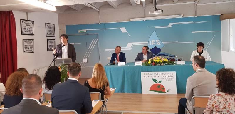 XII Jornadas de Hostelería y Turismo en el IES Mediterrània de Benidorm