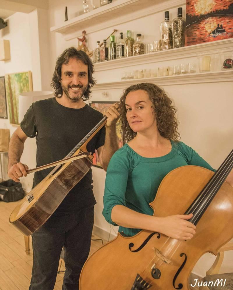 Toni Cotolí y Gloria Aleza