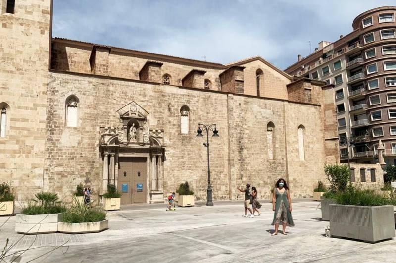 Construcción de la Plaza de la Reina - Foto: Juan Soler archivo