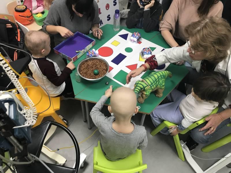 Niños y niñas ingresados en el Clínico, taller