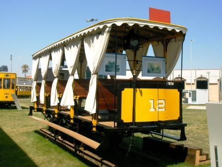 Uno de los trenes que se pueden ver en la obra. FOTO EPDA