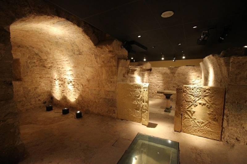 Cripta Arqueológica de la Cárcel de San Vicente Mártir