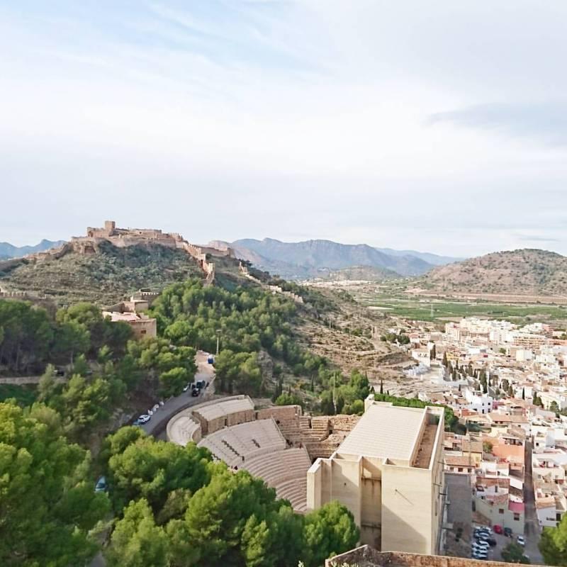 El castell i el teatre de Sagunt. FOTO LLUESMA
