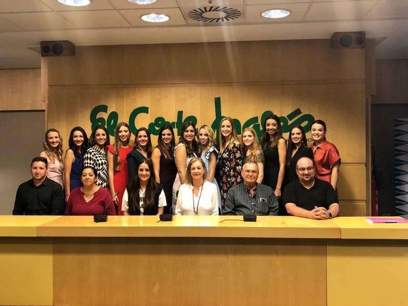 Las candidatas a Fallera Mayor de Valencia en El Corte Inglés Avenida de Francia