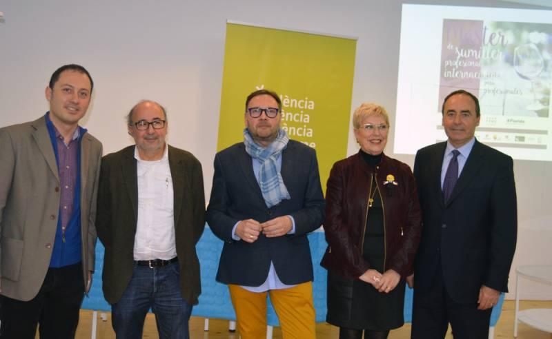 Pau Pérez, Manuel Espinar, MªLuisa Martín, Benet Delcan, y José Mº Company//Viu València