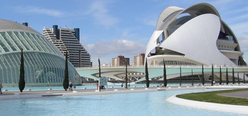 Ciutat de Les Arts i Les Ciències de València.