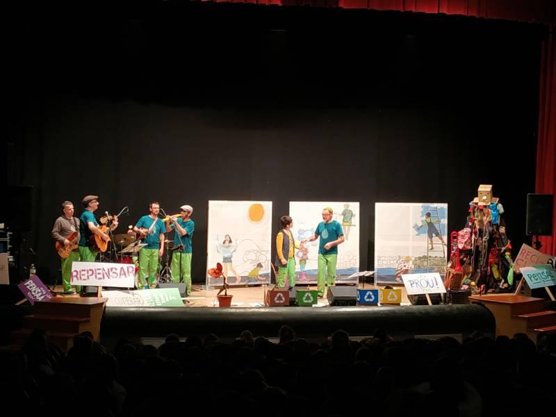 Teatro infantil en la Sala l
