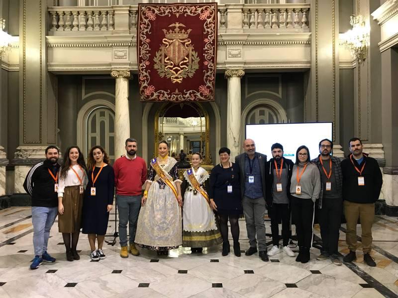 Xavier Rius, Rocío Gil, Daniela Gómez i Pere Fuset amb els autors del vídeo