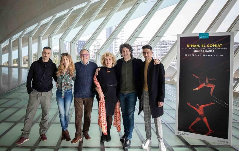 Ananda Dansa se despide de los escenarios en Les Arts con el estreno de 'ÂTMAN, EL COMIAT'