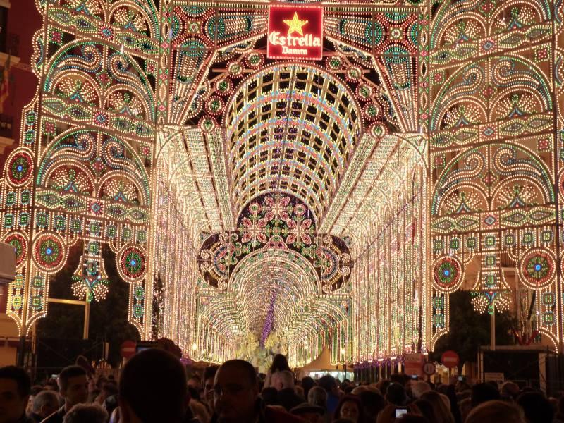 Todo sobre el encendido de luces de Fallas 2017