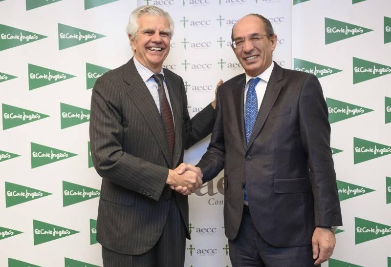 Ignacio Muñoz Pidal, presidente de la Asociación Española Contra el Cáncer, y José Luis González-Besada, Director de Comunicación y RRII de El Corte Inglés