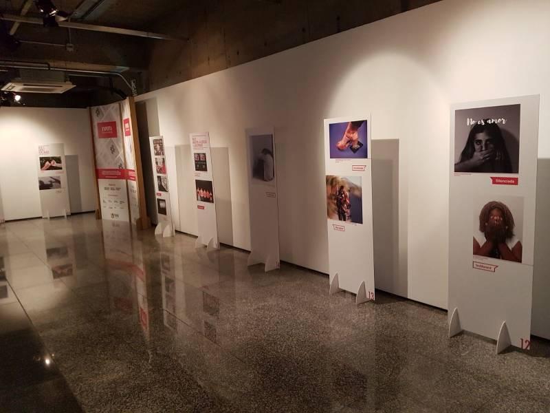 Exposición #noemtoqueselwhatsapp