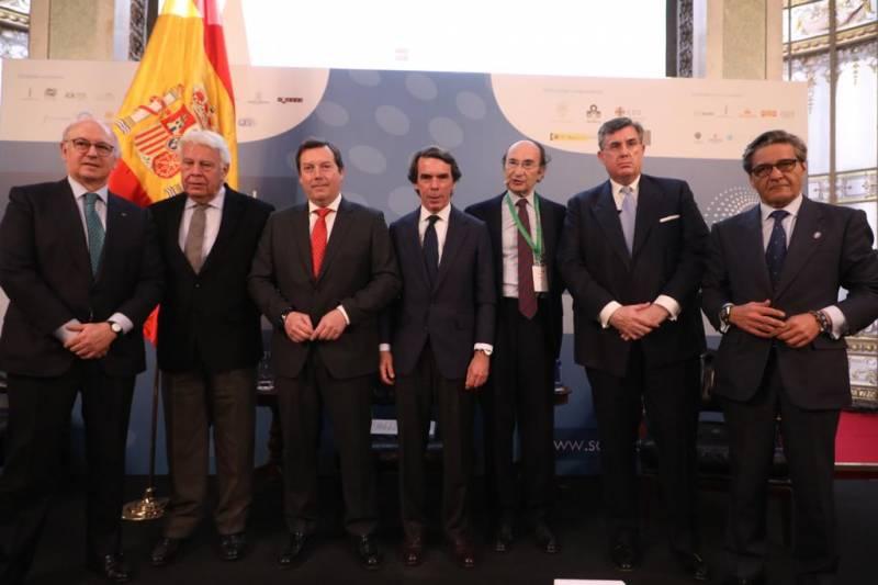 Mesa de Presidentes en el Congreso de la Sociedad Civil.