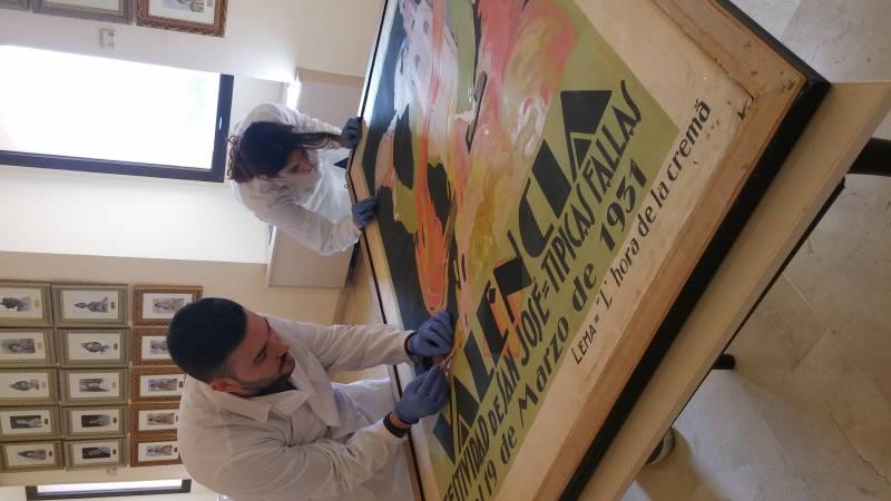 Cinco carteles históricos de Fallas lucen desde hoy totalmente restaurados en el Museo Fallero de Valencia