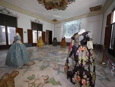 El color, protagonista de la nueva exposición del Museo de la Seda de Valencia