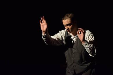 El Grup de Teatre Grec Komos obri la programació del festival Serenates amb 'Novecento' d'Alessandro Baricco
