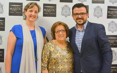 Elena Ribes de Garín, Amparo Gómez y Jaime Bronchud