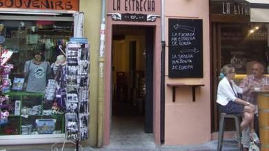 La historia de la casa más estrecha de Europa y que está en Valencia - Foto: La Vanguardia
