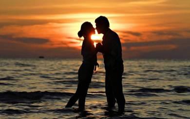 San Valentín o San Dionís, ¿cómo debemos celebrar el Día de los enamorados en Valencia?