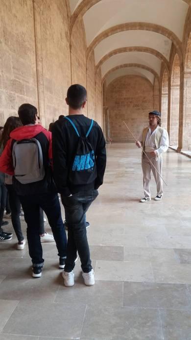 Los personajes de las novelas de Blasco Ibáñez pasean por el monasterio de San Miguel de los Reyes