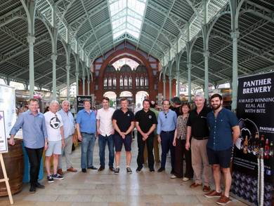 Presentación cerveza británica en Mercado Colón