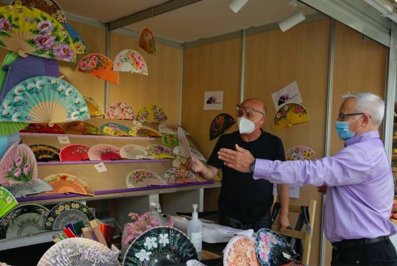 Joan Ribó a la mostra organitzada per Arteval.EPDA