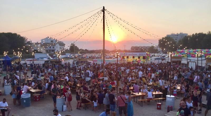 Éxito de visitantes en el festival gastronómico y de ocio familiar Solmarket de El Puig.