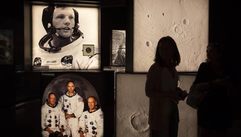 Imagen de archivo exposición 50 aniversario llegada a la Luna./ EPDA