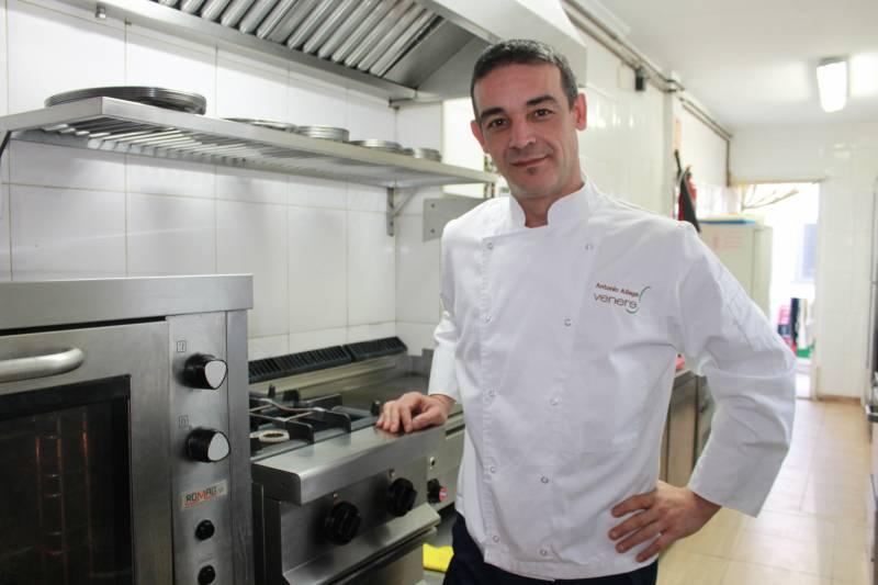Toni Aliaga es un chef experimentado// E.C.