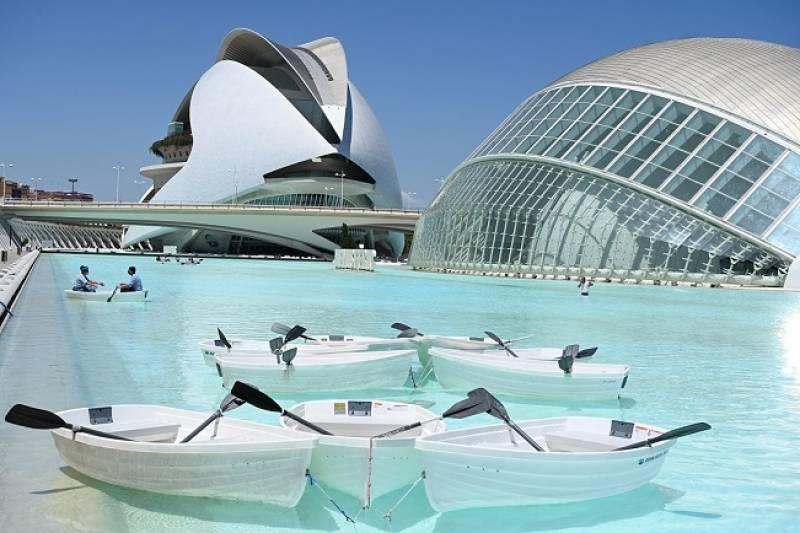 Paseo en barca Ciutat de les Arts i les Ciències./ EPDA