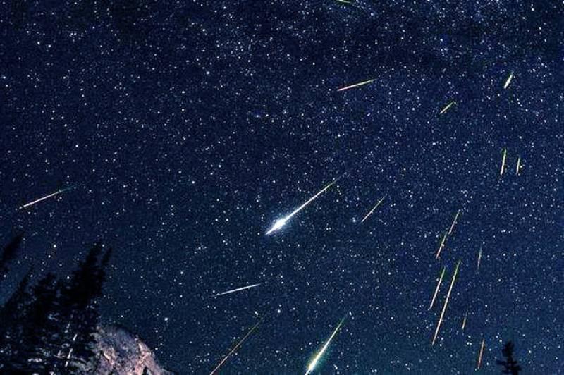 Imagen de archivo lluvia de estrellas./ EPDA